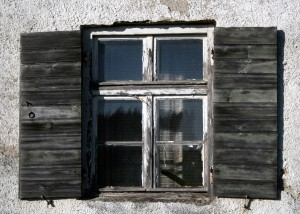 window-905051_1920
